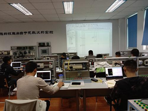 三菱FX3U/5U系列综合班